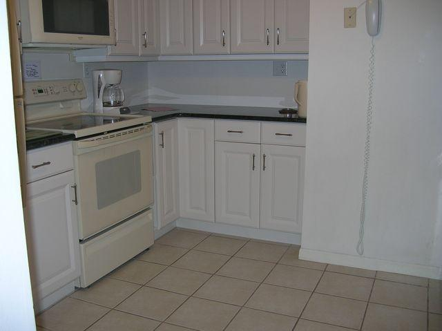 Kitchen - Gulfside Small Garden Unit E - Siesta Key - rentals
