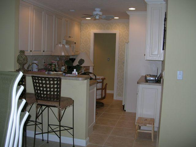 Kitchen - Gulfside Large Garden Unit H - Sarasota - rentals