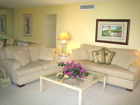 Living Room - Gulfside Large Garden Unit K - Siesta Key - rentals