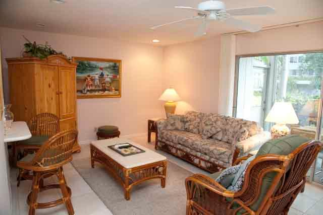 Living area - Gulfside Townhouse B - Siesta Key - rentals