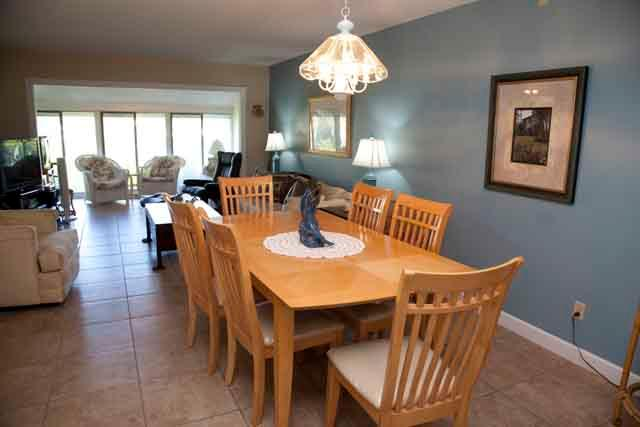 Dining Area - Gulfside Small Garden Unit W - Siesta Key - rentals