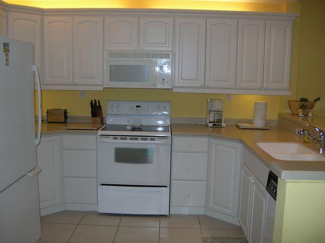Kitchen - Gulfside Mid-Rise Unit 807D - Siesta Key - rentals