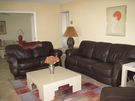 Living Room - Gulfside large Garden unit J - Siesta Key - rentals
