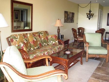 Livng Room - Beachfront Garden Unit C - Siesta Key - rentals