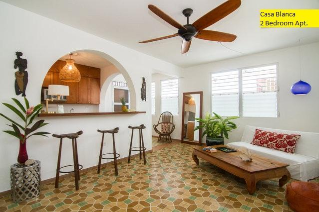 Living area with vintage spanish floor - LA CASA BLANCA| ARCO 2 Bedrooms Apartment - San Juan - rentals