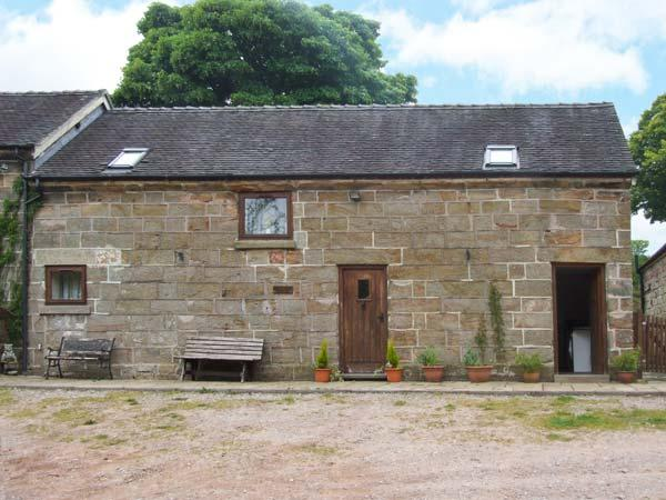 HORSE SHOE COTTAGE, pet-friendly, private garden, open beams and stonework, near Alton Towers and Cheadle, Ref. 26262 - Image 1 - Cheadle - rentals