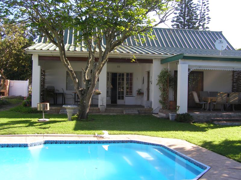 MARTIAL EAGLE COTTAGE - Falcon Crest Self Catering Cottage - Port Alfred - rentals