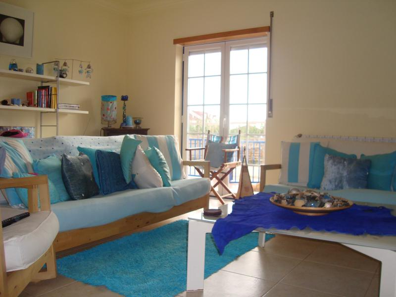 Beach side cool and peaceful living room, you can hear the sea from the window - Beautiful beach House near  Peniche in Baleal - Peniche - rentals