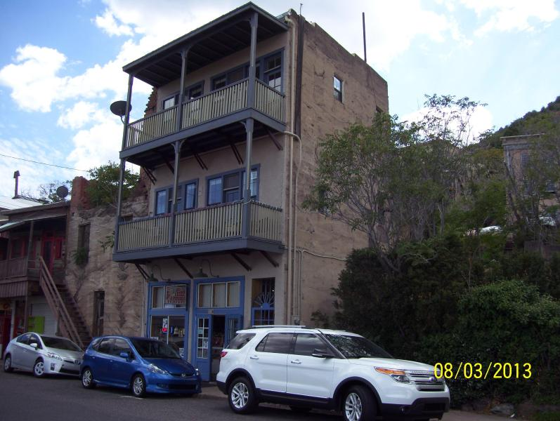 Two Story above Rickeldoris Candy & Popcorn Store - Jerome Million Dollar View Vacation Rental - Jerome - rentals