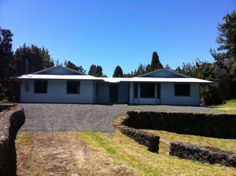 Paani Ohana House in Volcano! - Image 1 - Volcano - rentals