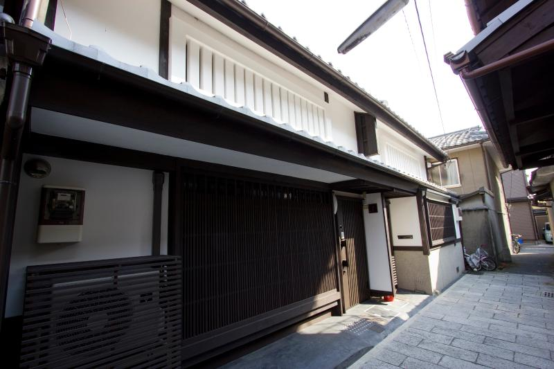 120 year-old Historic House with Modern Comfort - Image 1 - Kyoto - rentals