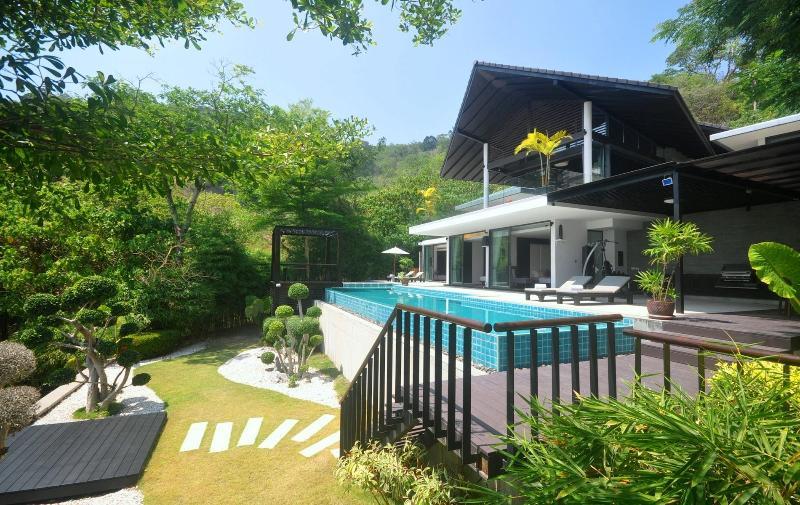 Villa Patong is the total holiday villa - Villa Patong - Modern Super Villa. A tropical oasis ! - Patong - rentals