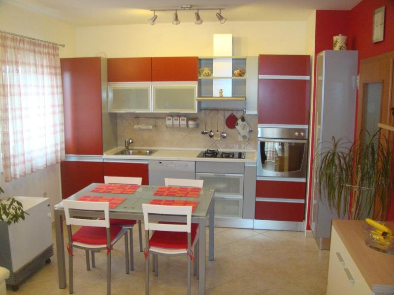 Great apartment in Croatia, Fažana, Valbandon - Image 1 - Fazana - rentals