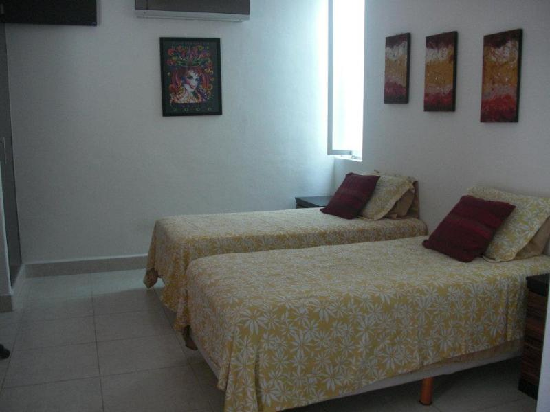 2nd bedroom with twin beds - Cozumel Mexico -House available as of Sept 1st, 20 - Cozumel - rentals