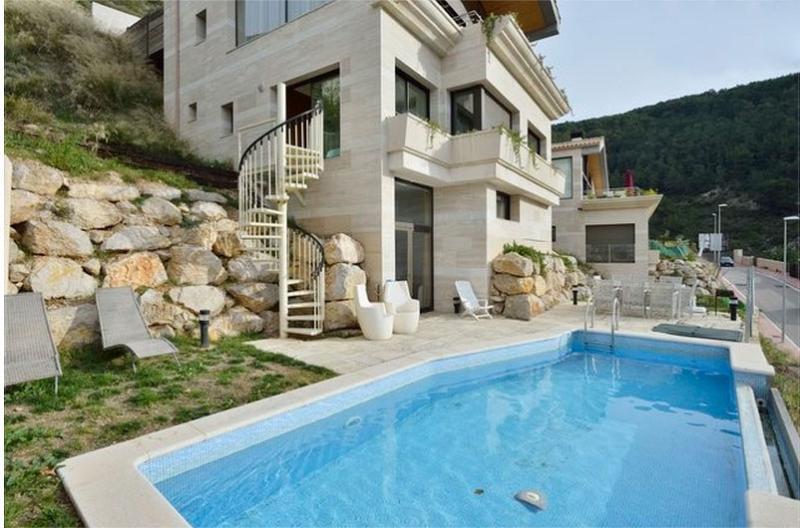 5* sea view villa - Image 1 - Sitges - rentals