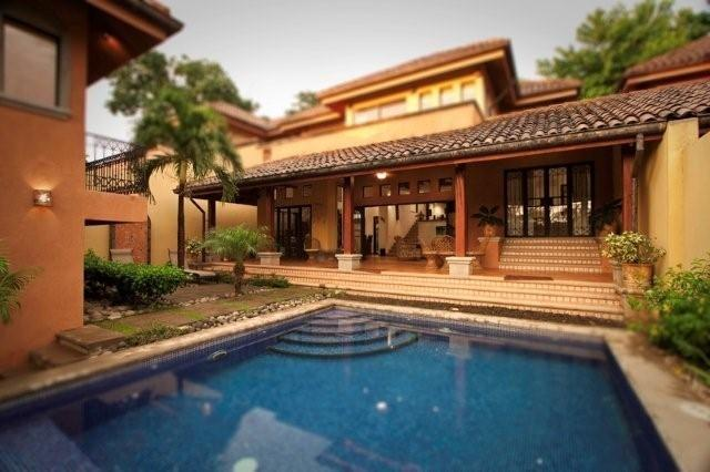 Front of house - Pool and Terrace - Luxurious 4BR Villa Tamarindo Beach, Pool Sleep 10 - Tamarindo - rentals