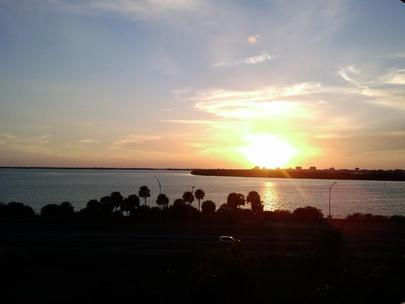 Watch spectacular sunset from balcony - Ocean View impeccable Condo St Petersburg, Florida - Saint Petersburg - rentals