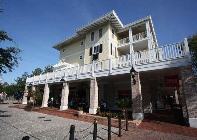 Luxurious 3 Bedroom, 3 Bath Condo~Sandestin Resort~Free Tram, Golf & Fishing - Image 1 - Sandestin - rentals