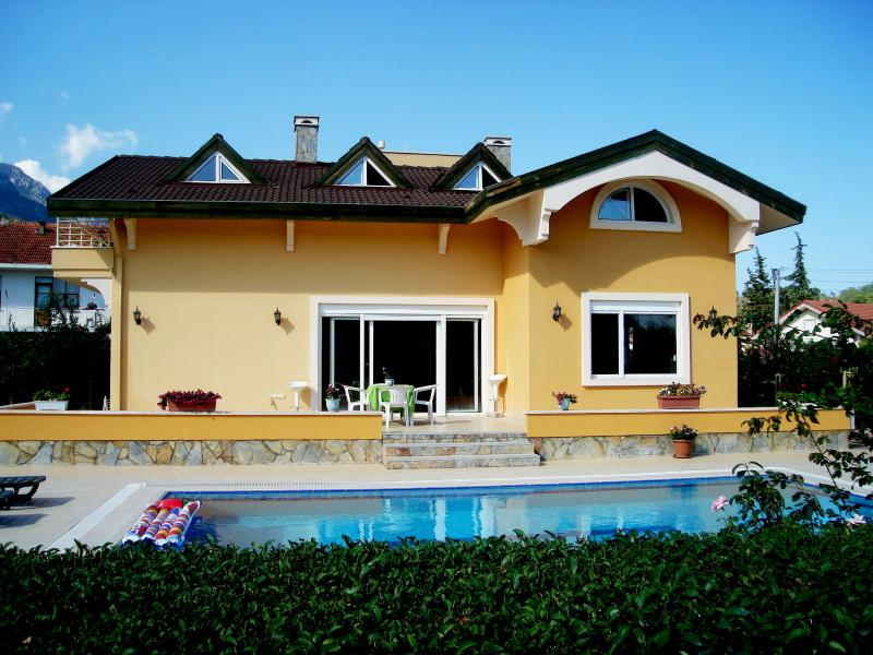 Villa with Private Pool n' Garden in Kemer Antalya - Image 1 - Antalya - rentals