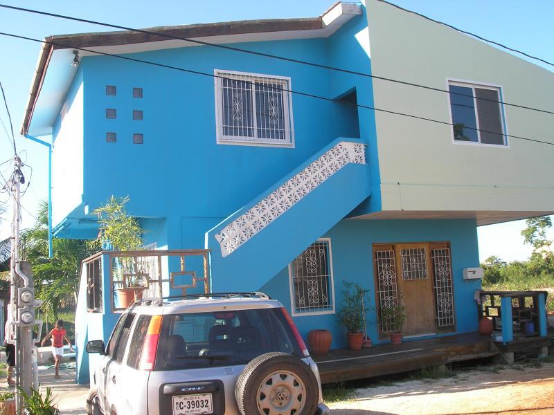 Quiet and Safe Neighborhood - Ocean View Blue House in Quiet Area! Free WiFi - Belize City - rentals