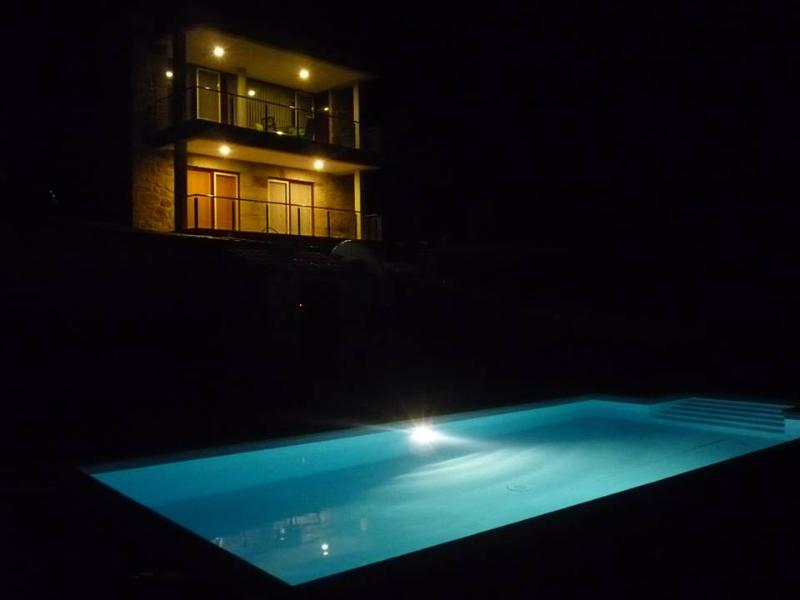 Luxury House | Jacuzzi and private pool - Image 1 - Caldelas - rentals