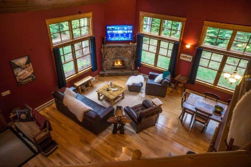 Great Room Open Concept - CONTEMPORARY LUXURY RUSTIC FURNISHINGS RACCOON RUN - Lake Placid - rentals