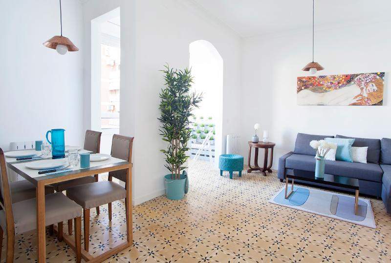 Modern style apartment near España Square!! - Image 1 - Barcelona - rentals