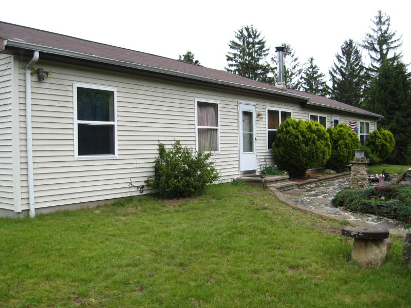 Front of house - Stay at The Old Sindelar Farm - East Haddam - rentals