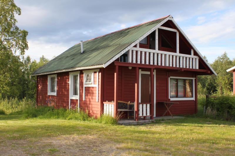 Big cottage (outside) - Big cottage ( 2 – 7 persons) - Ivalo - rentals