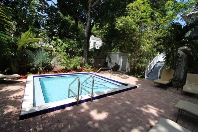 Shared Pool - Coral Condo - Key West - rentals