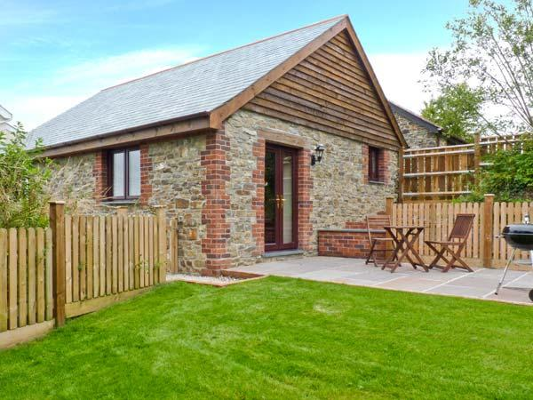JENNY WREN, en-suite facilities, dogs welcome, wodburner in Bradworthy near Bude, Ref. 22849 - Image 1 - Devon - rentals
