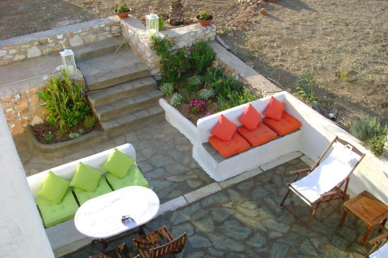 Paros small villa - Image 1 - Anavyssos - rentals