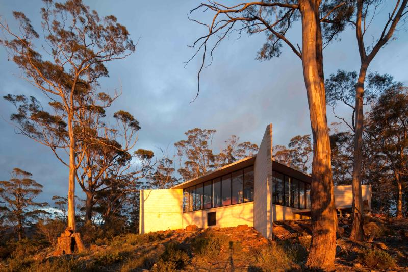 Rocky Hills Retreat early morning light - Rocky Hills Retreat, Swansea, Tasmanian East Coast - Swansea - rentals