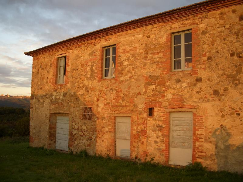 Farmhouse Rental in Tuscany, Castellina Scalo - Rosalia 1 - Image 1 - Castellina In Chianti - rentals