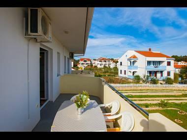 A1 Plavi (4+1): terrace - 8362  A1 Plavi (4+1) - Petrcane - Petrcane - rentals