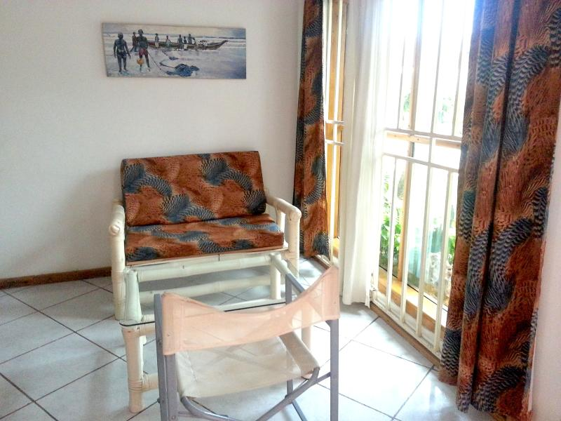 Living Area - ONE BEDROOM APARTMENT FULLY SERVICED - Accra - rentals