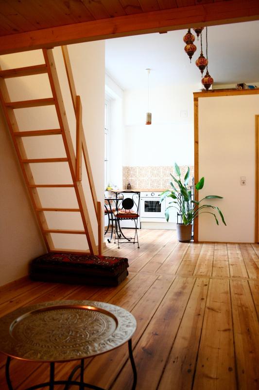 Orient Lounge Apartment in Kreuzberg, Berlin - Image 1 - Berlin - rentals