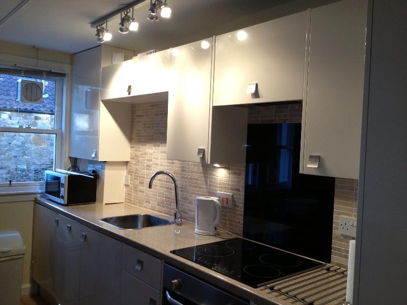 Well equipped Designer kitchen - Stylish Kidston Court flat in heart of St Andrews - East Wemyss - rentals