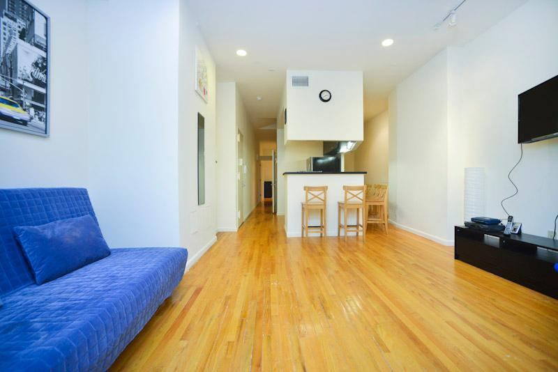 Big 3 Bedroom Steps From Times Square - Image 1 - New York City - rentals