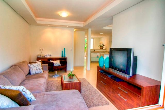 Living room - Florianopolis 4 bed Beach Townhome Ideally Located - Florianopolis - rentals