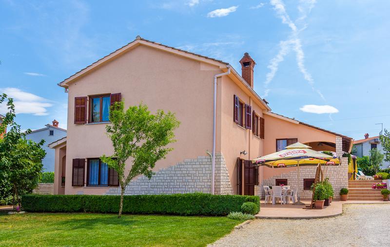 Apartman Mirna 3* - Image 1 - Pula - rentals