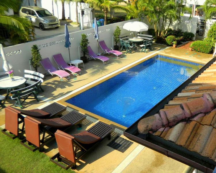 Swimming pool in front of the studio - 3:4 - Fantasy villa STUDIO Kamala - Kamala - rentals