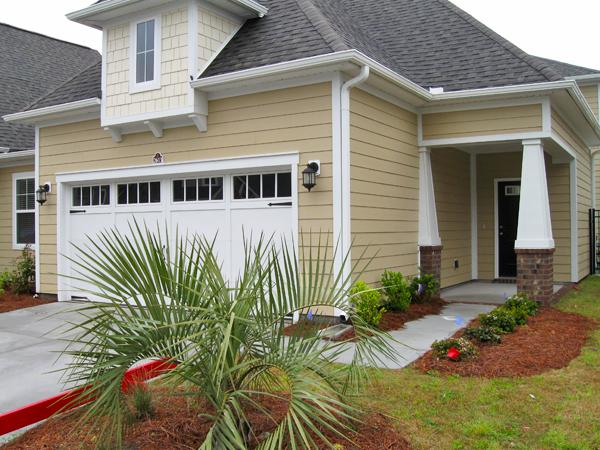 Exterior of House - Luxury Townhome, HDTV/WiFi/Pool Table/more! - North Myrtle Beach - rentals