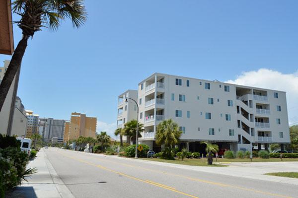 Beach Access just across the street! - Ocean Breeze 1A 3BR across from beach, spacious!!! - North Myrtle Beach - rentals
