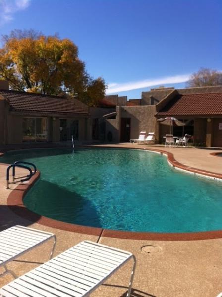 Complex Pool - Camelback Area Condo - Phoenix - rentals
