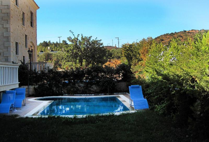 PRIVATE POOL AND GARDEN - Crete, Ano Hersonissos, Amazing Villas for rent - Crete - rentals