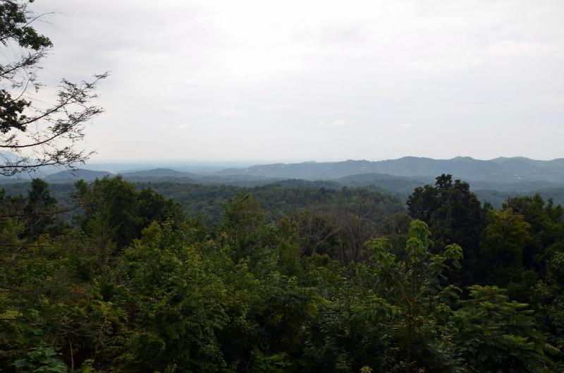 Amazing View has a fantastic view from both decks - Amazing View Lodge - Sevierville - rentals