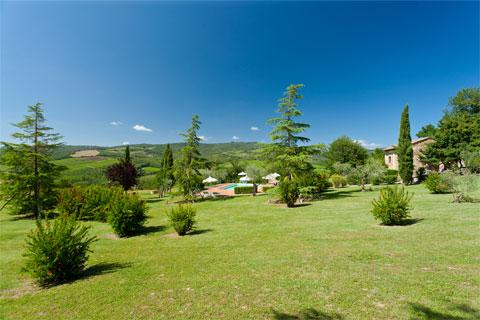 Villa Rosa, apartment in Radda in Chianti with pool - free Wi-Fi internet connection - Image 1 - Radda in Chianti - rentals