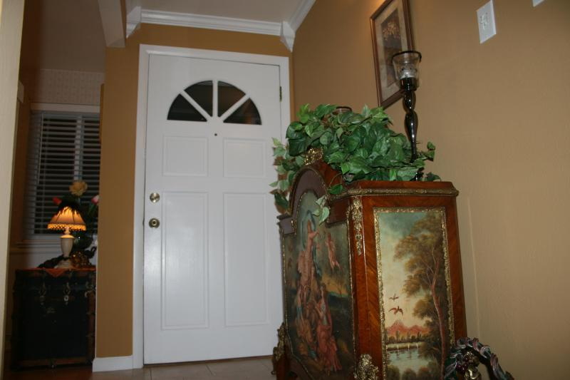 Entryway - Welcome! - Moore Bungalow - Warm, Inviting Home - Easy Access to Denver, Boulder, Golden & Mountains - Arvada - rentals