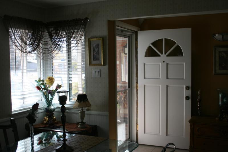 Entry/DR - Moore House,  - Warm, Inviting Home - Easy Access - Arvada - rentals
